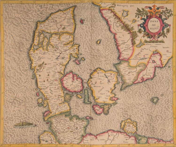 DANEMARK   3 cartes    - Daniae regnum 44x37 (monstre marin)      - Iutia septentrionalis (Jutland) 39 x 28,5      - Fionia 40x 35