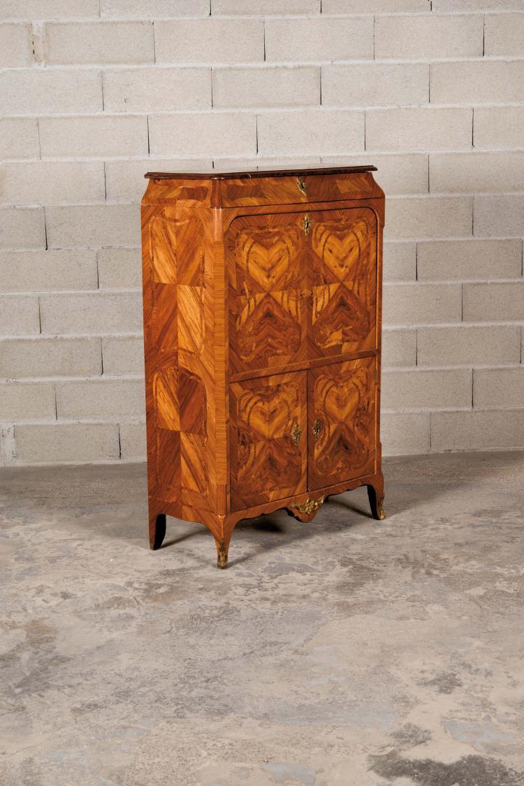 secr taire louis xv en placage de bois de rose marquet de c. Black Bedroom Furniture Sets. Home Design Ideas
