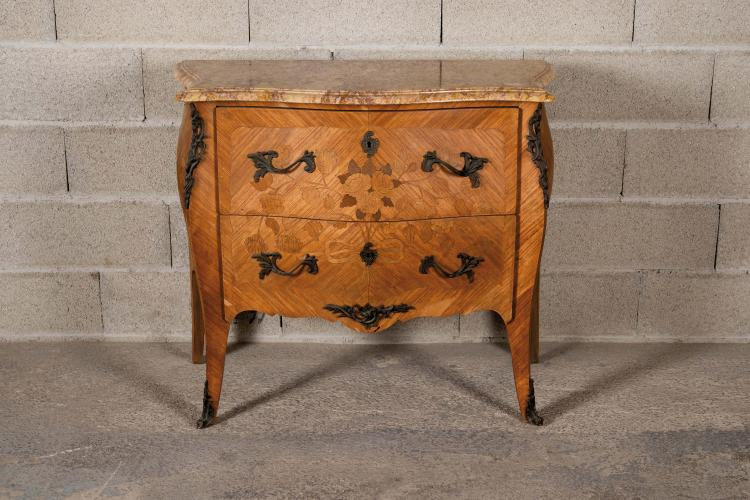 Commode de style louis xv en placage de bois de rose fa ad - Commode bois de rose ...