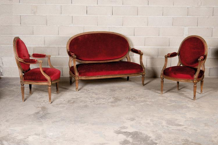 Suite de deux fauteuils et un canap dossier m daillon et - Canape h et h ...