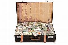 GILLES BARBIER (FRA/1965)  Aahh... Je ne suis pas une œuvre d'art !, 2000 Installation : valise, papier, lecteur minidisc 56 x 47 x 68 cm