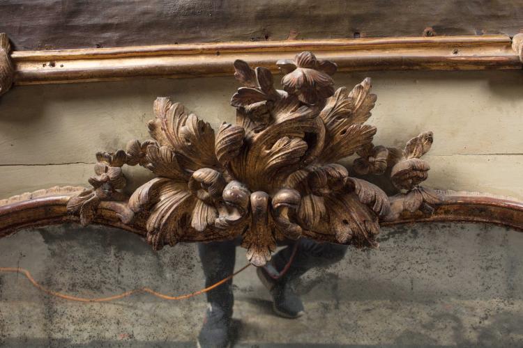 Important trumeau en bois peint et dor double encadrement for Miroir trumeau bois