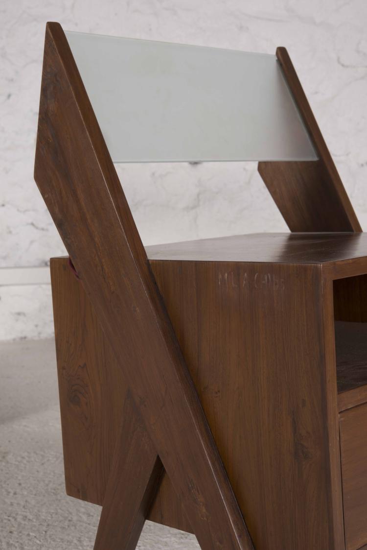 pierre jeanneret 1896 1967 suite de deux chevets lumineux. Black Bedroom Furniture Sets. Home Design Ideas
