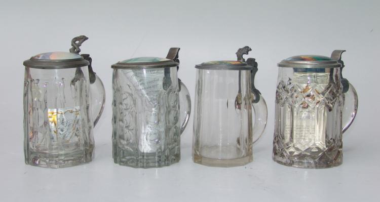 4 Deckelhumpen mit Porzellandeckeln, deutsch um 1900