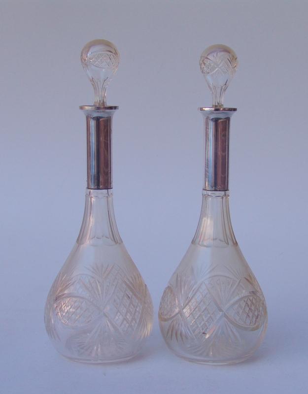 Pärchen silbermontierter Kristallkaraffen, um 1930