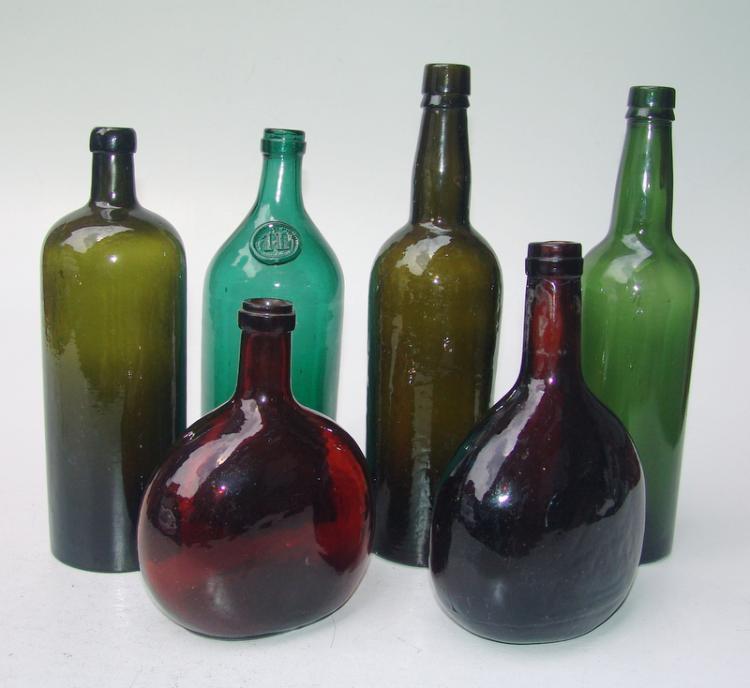 Konvolut von 6 Flaschen, Anf.20.Jhd.