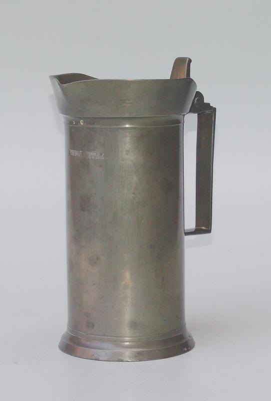Maß-Krug, 2 Liter, div. Eichpunzen, Lille (Frankreich)19.Jhd.