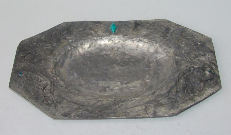 flaches Tablett, mit Steinbesatz, Künstlerarbeit der 70er Jahre
