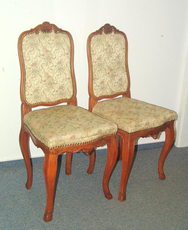 Paar Stühle des Rokoko, deutsch um 1750
