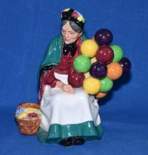 ROYAL DOULTON ''OLD BALLOON SELLER'' HN 1315 - 7''H - Condition: Age appropriate wear; All items sold as is.