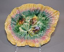 MAJOLICA ETRUSCAN LEAF DISH  Dish, 9''x7''x2''. Minor flecks. Mark, Etrucan Majolica.  Condition, age appropriate wear.