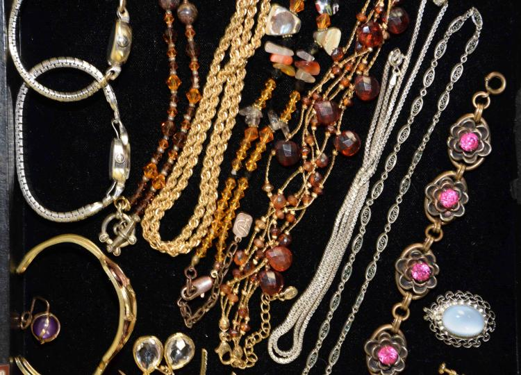 Is Monet Jewelry Real >> (30+) PCS. ASSORTED GOLD FILLED AND SWAROVSKI COSTUME JEWELR