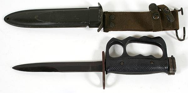US M7 KNUCKLE KNIFE BAYONET AND SCABBARD  Knuckle knife bayo