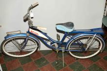 GIRL'S BIKE, circa 1960s, Ross Mfg. by Chain Bike Corp., 34''H x 67''L. Condition: Age appropriate wear. All items sold as is.