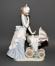 LLADRO ''BABY'S OUTING'' #4938 - Measures: 13''H x 10''W - Condition: Very good condition; All items sold as is.