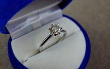 18ct yellow gold, 1.05ct solitaire diamond ring