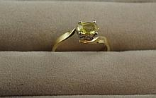 Vintage 9ct two-tone gold and citrine ring total