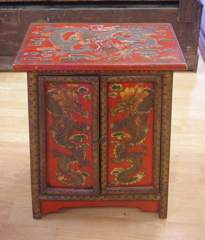 Chinese 2 door prayer cabinet with dragon decoration 50cm w for Kitchen cabinets 50cm wide
