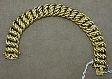 Good 14ct gold chain link bracelet approx 65gms