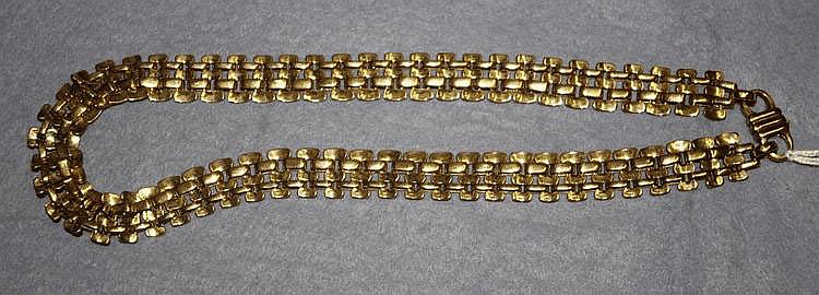 9ct yellow gold fancy link chain Total weight