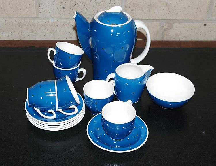 Susie Cooper coffee set comprising coffee pot,