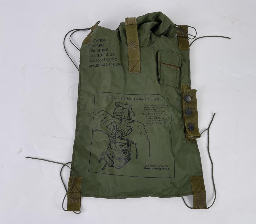 VIETNAM WAR US ARMY COLLAPSIBLE CANTEEN