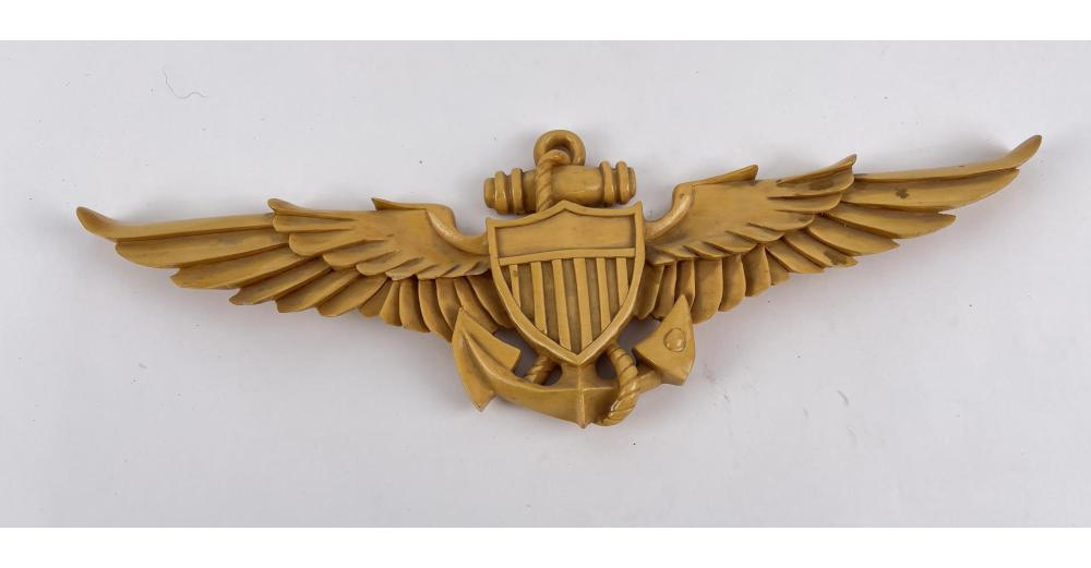 HAND CARVED US NAVY PILOT TRENCH ART WINGS