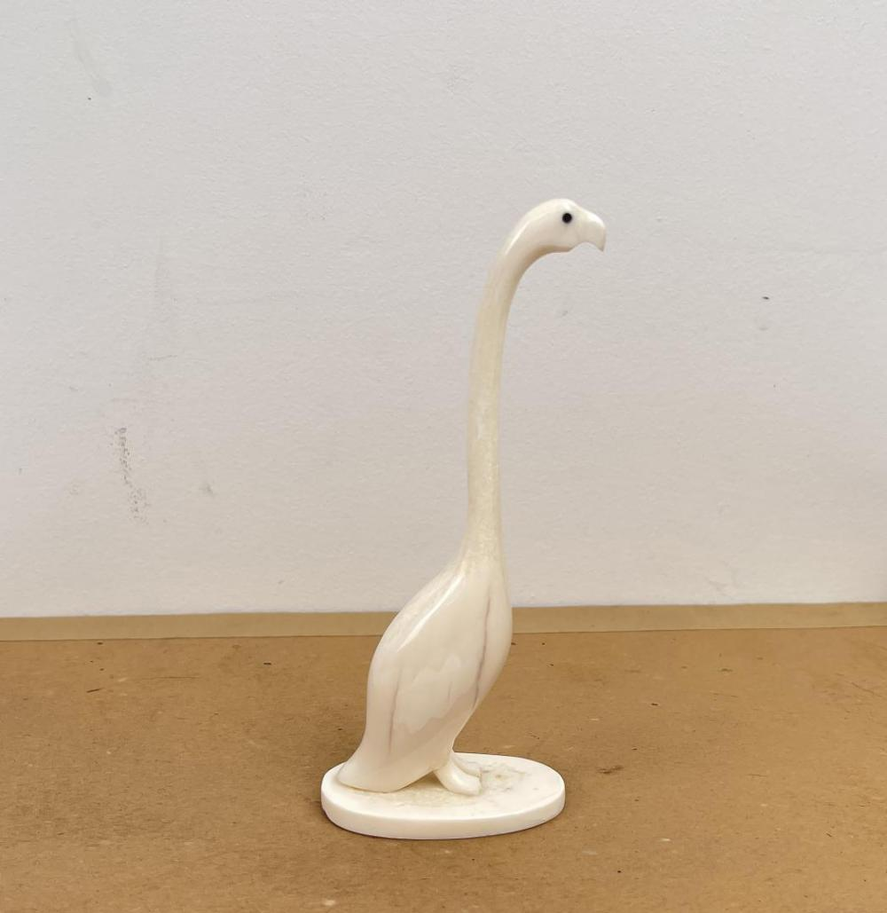 ANTIQUE ESKIMO INUIT CARVED WALRUS BIRD