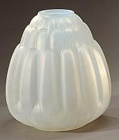 André HUNEBELLE (1896-1985) - Vase conique