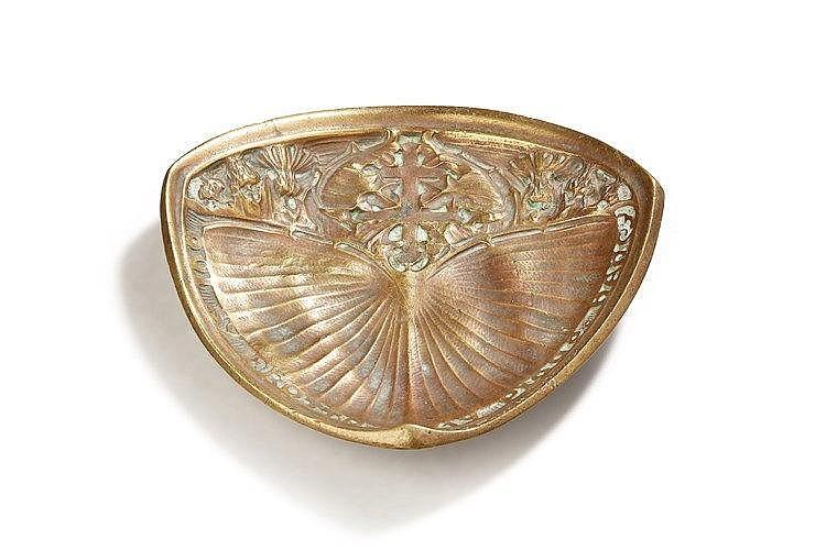 Jules Cayette ( 1882-1953 ) Vide poche en bronze ciselé à décor de papillo