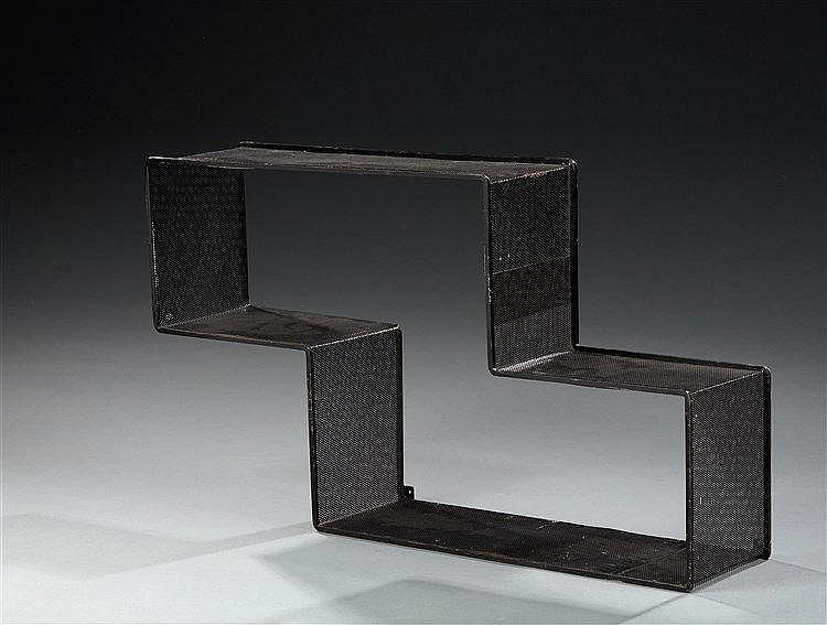 Mathieu MATEGOT (1910-2001)  Etagère modèle Dédal en tôle d'acier perforée