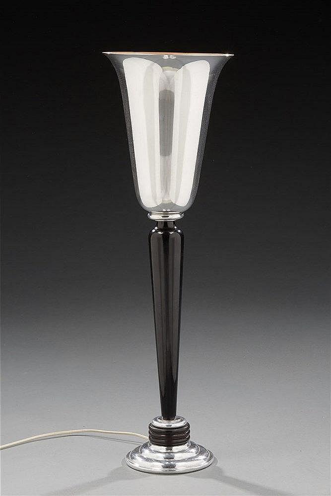 MAZDA Lampe. H. : 80 cm