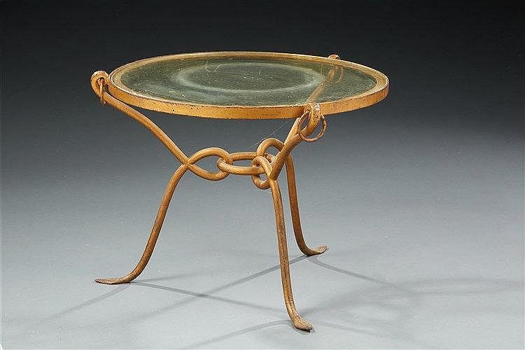 René Drouet?(1899-1993) Guéridon circulaire à monture en fer forgé doré, p