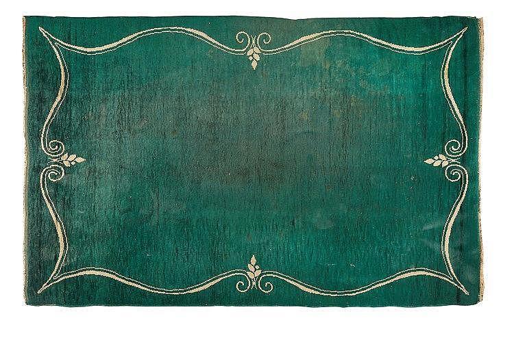 Ivan Da Silva Bruhns (1881-1980) Grand tapis rectangulaire en laine, à dé