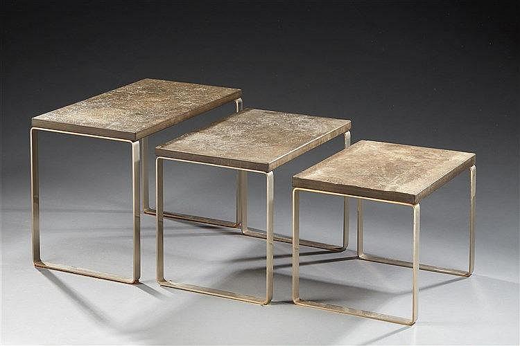 Peter Draenert (1937-2005) Ensemble de trois tables gigognes, plateaux en