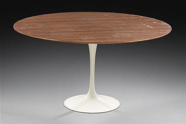 Eero Saarinen ( 1910 - 1961 ) ?& Knoll Editeur Table modèle tulipe piéteme