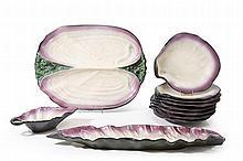 POL CHAMBOST(1906-1983) Service coquillage. composé de deux plats, une sa
