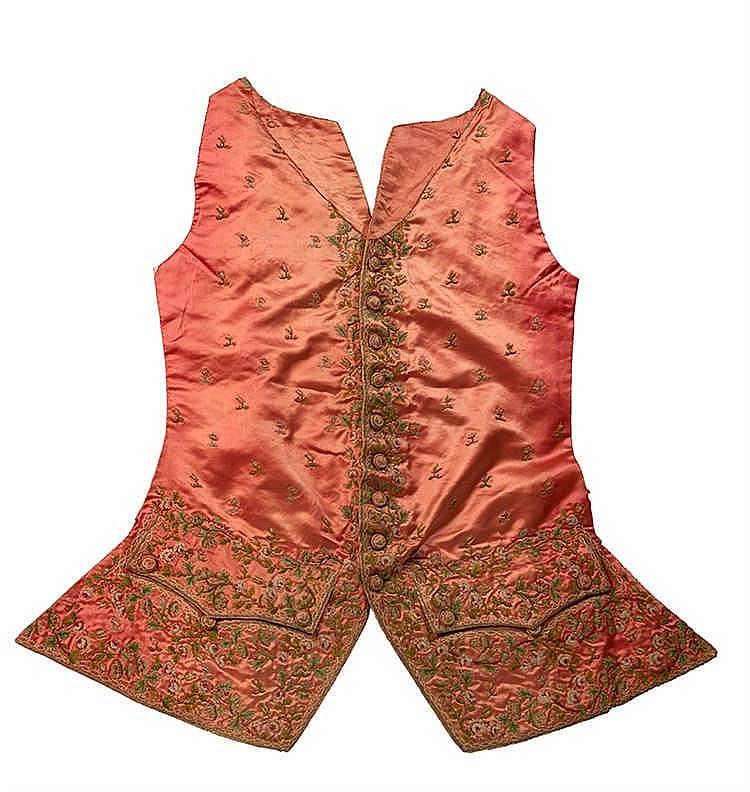 Devant de veste d'habit brodée à basques, époque Louis XVI. Satin de soie