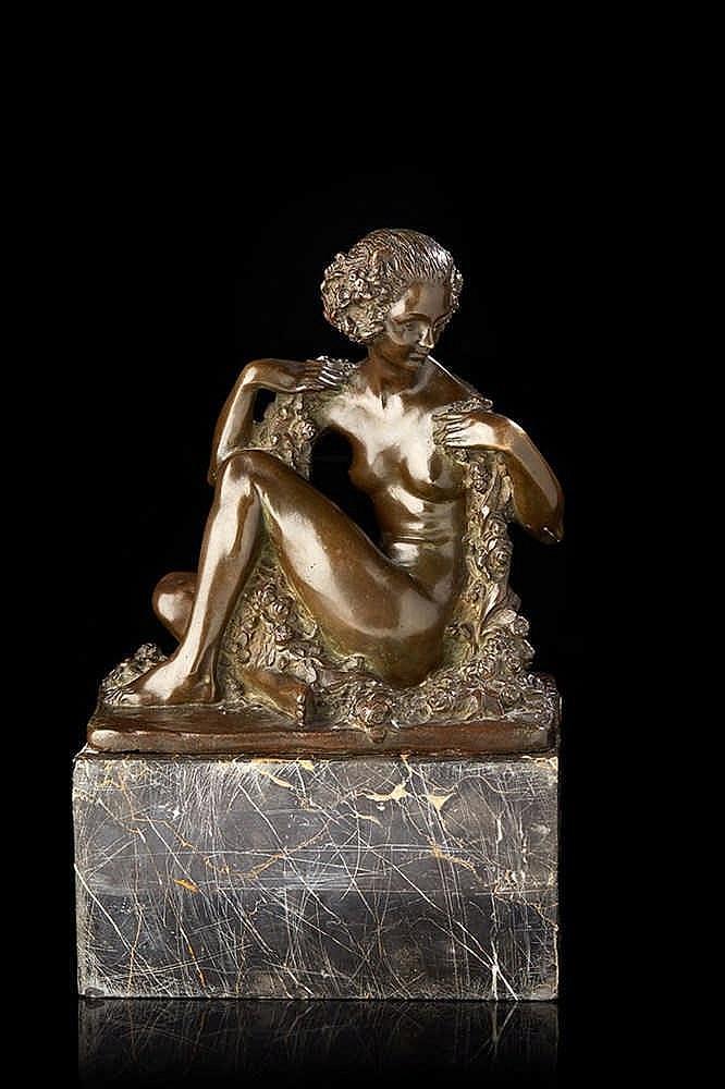Marcel André BOURAINE (1886-1948) Femme nue tenant une guirlande de fleu