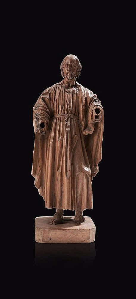 Christ en bois fruitier sculpté. XVIIe siècle H. : 29,8 cm ?(mains manq