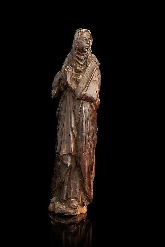 Petite Vierge de calvaire   En bois, XVIe siècle.   H. : 19,5 cm