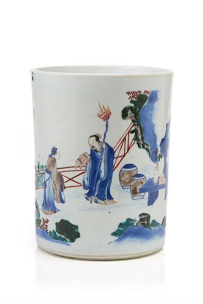 CHINE Rare et grand porte-pinceaux cylindrique, décoré en émaux polychrome