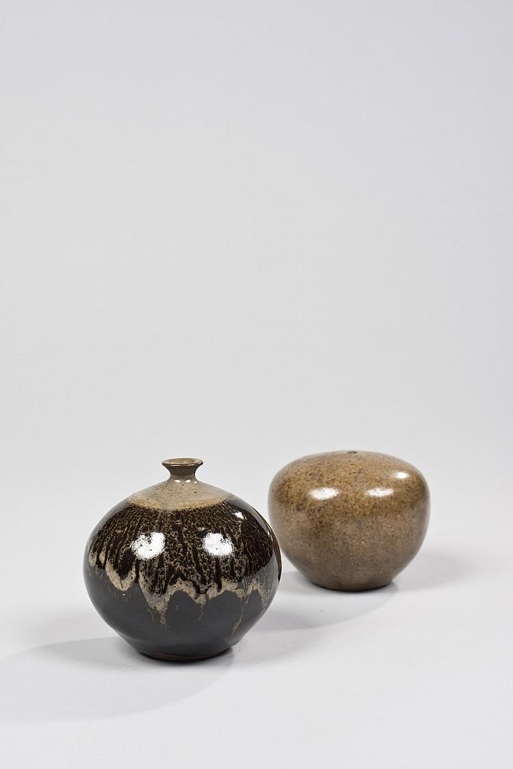 Jacky COVILLE - Deux vases boules en grès émaillé