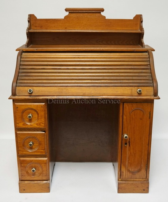 Child S Size Roll Top Desk With Gallery 24 1 2 Inches Wide