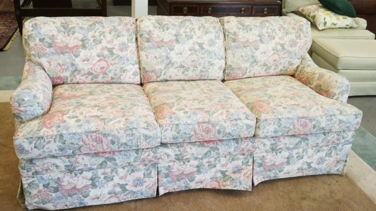 ethan allen floral sofa bed measuring 80 inches long