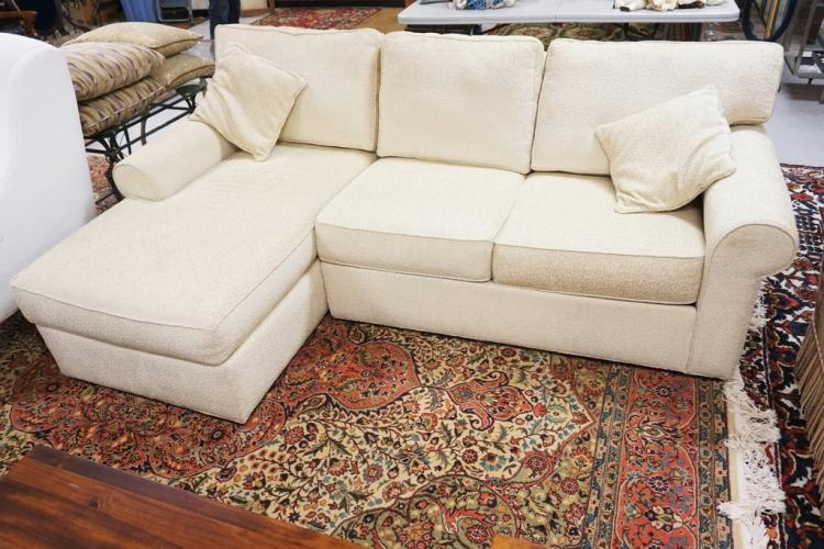 Ethan allen sofa with chaise section for Ethan allen sectional sofa with chaise