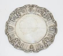 REED AND BARTON *FRANCIS I* STERLING SILVER SERVING PLATE. 16.67 T OZ,  10 3/4 IN DIA