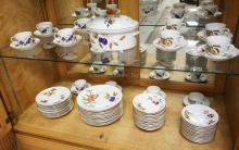 73 PIECE SET OF ROYAL WORCESTER EVESHAM PATTERN DINNERWARE. SERVICE FOR 12 PLUS OVAL CASSEROLE.