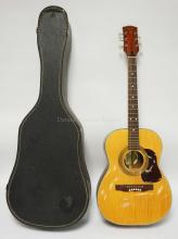 ESPANA GUITAR. MADE IN FINLAND. HAS CRAZING TO THE FINISH OVERALL. COMES WITH CASE.