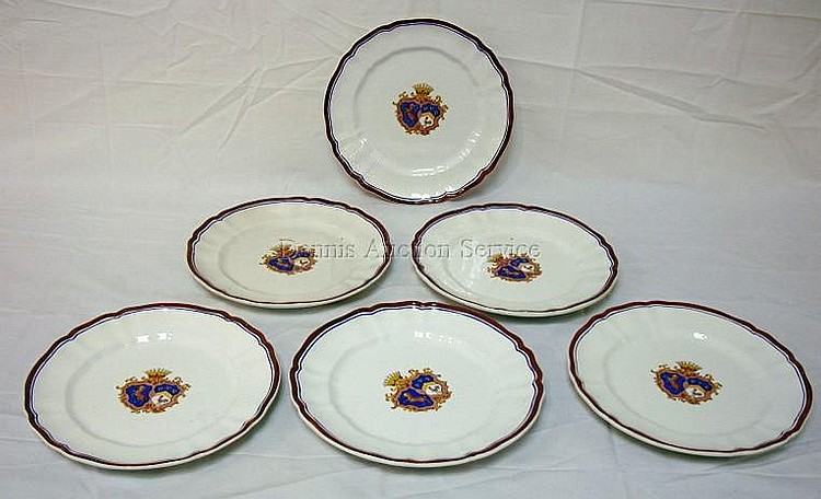 SET OF 6 RICHARD GINORI ARMORIAL PLATES; 10 1/4 IN